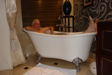 Bathtime at the Metropole