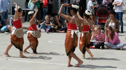 <p>Thai Dance Group</p>